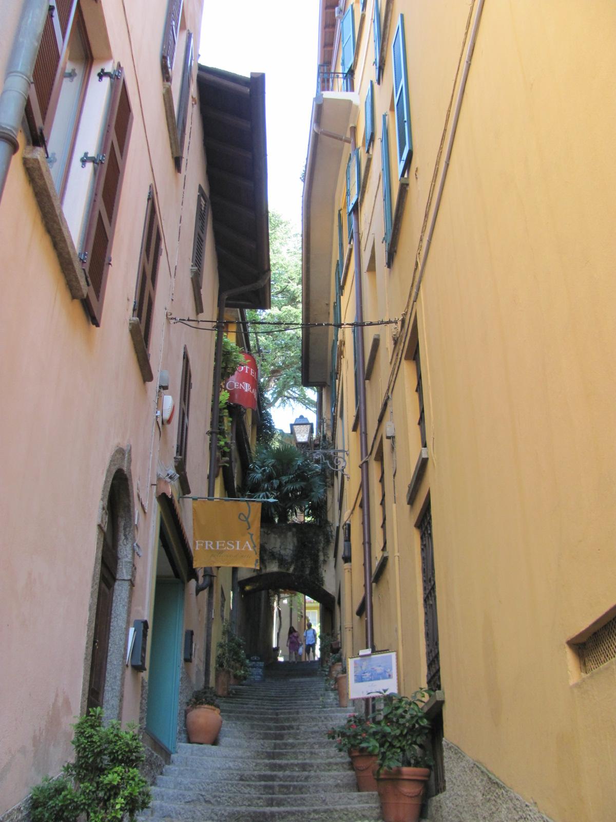 Bellagio Alleyway