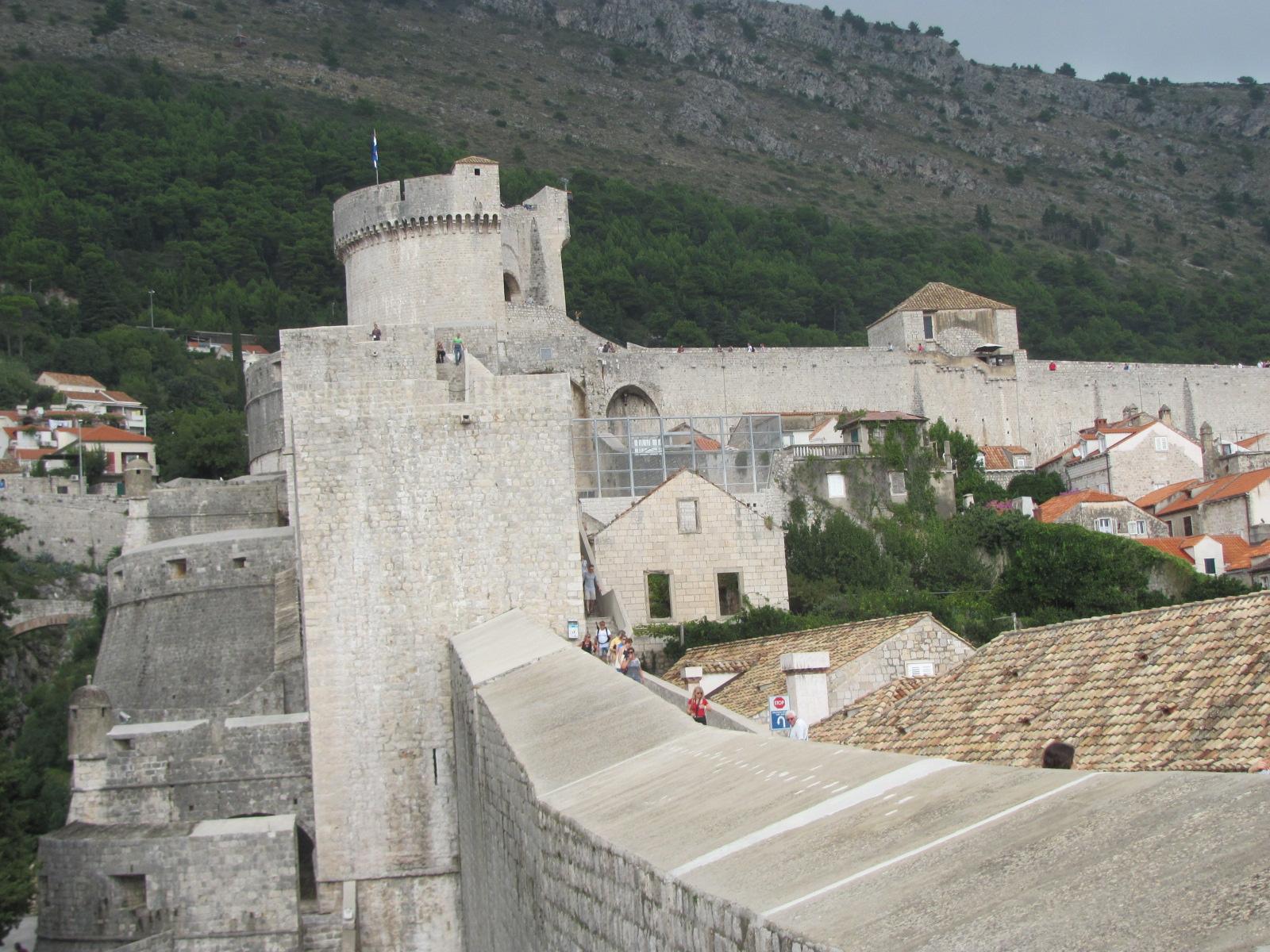 Extensive Walls