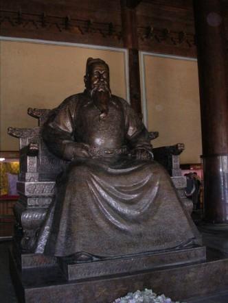 Statue of Emperor Yongle