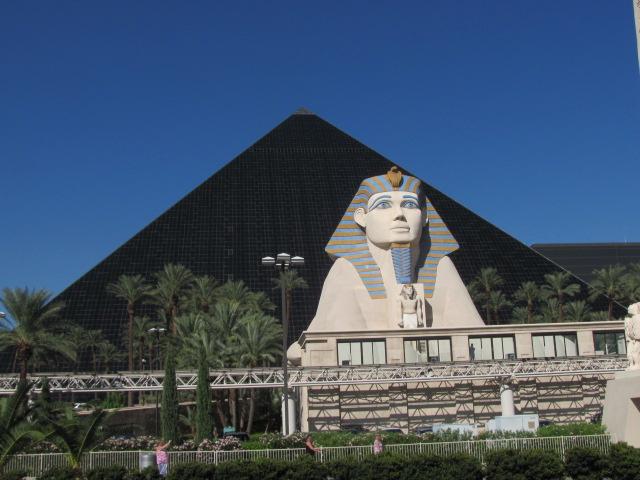 Luxor Hotal